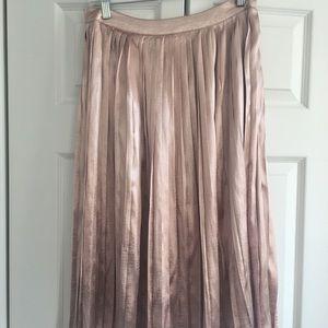 Boohoo Midi Pink skirt